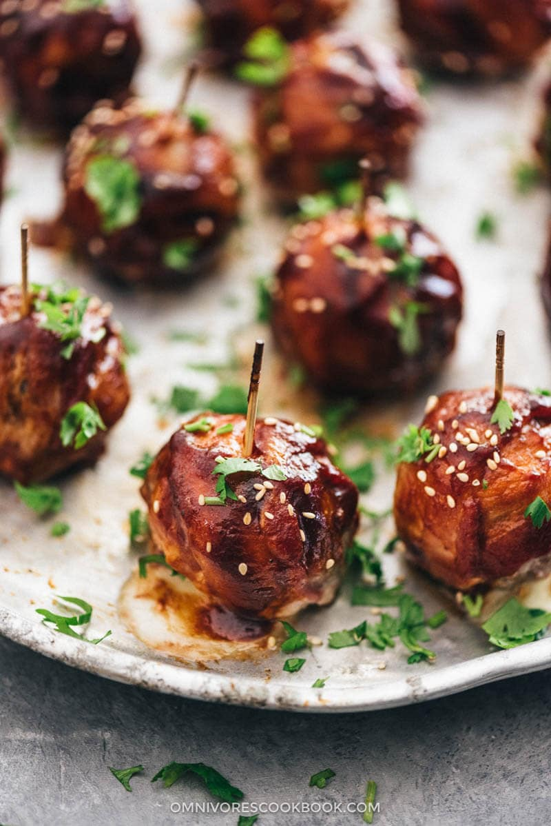 Cheesy BBQ Sausage Bites & Grilling Party Platter | Grill | BBQ | Pork | Sausage | Bacon | Cheese | Cheesy | Ideas | Recipes | Backyard | Meatballs | Summer
