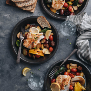 A super delicious and healthy sheet pan dinner that can be done in 30 minutes.