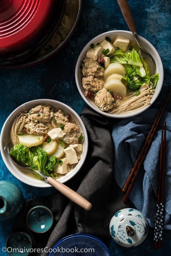 Napa Cabbage Soup with Meatballs