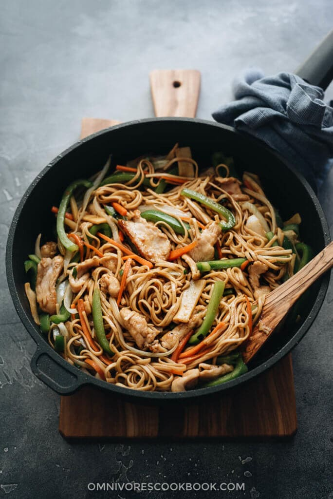 Chicken Lo Mein Restaurant Style Without A Wok