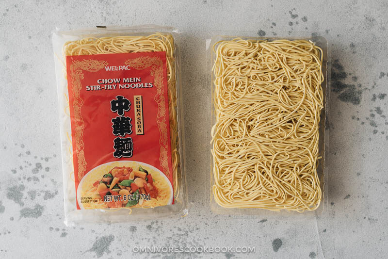 Chow mein noodles for cooking garlic noodles