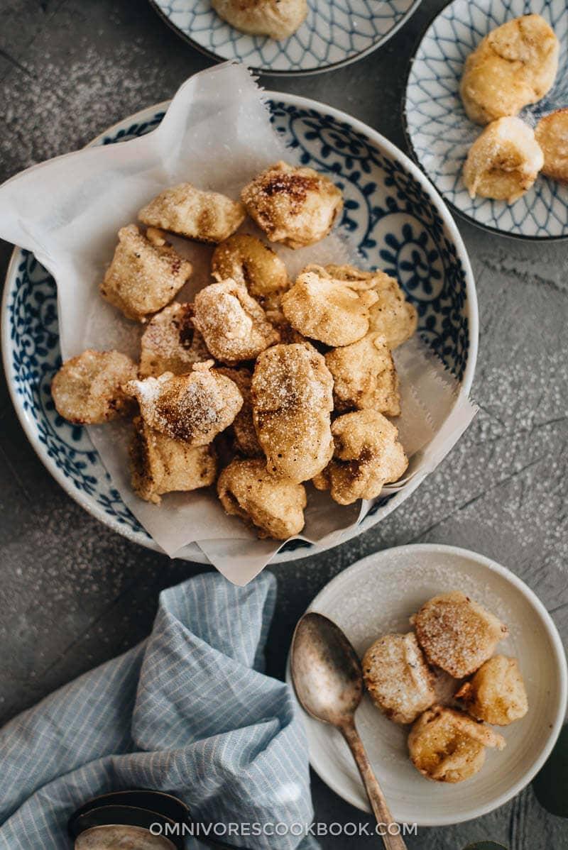 Top 15 Vegetarian Chinese Recipes - Chinese Banana Fritters (fried banana)