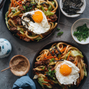 Easy fried udon served in plates