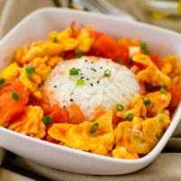 Classic Tomato and Egg Stir-Fry (西红柿炒鸡蛋)