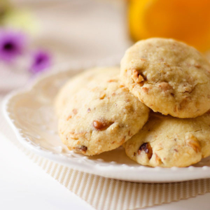 No-Sugar Shortbread Cookies with Nuts