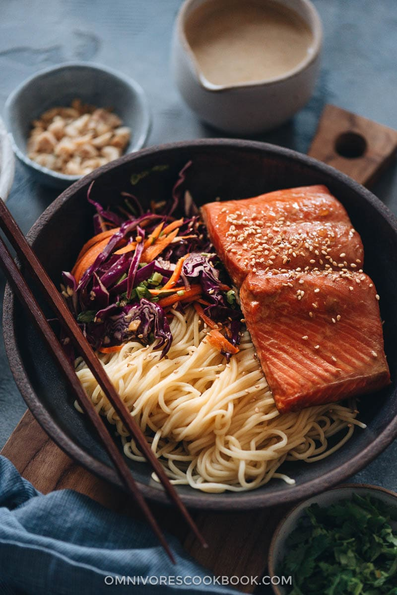 Salmon noodle bowl with coleslaw