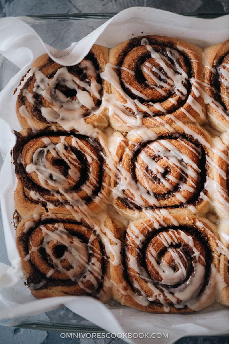Soft Cinnamon Rolls With Sesame Omnivore S Cookbook