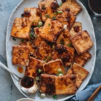 Crispy marinated tofu in a plate