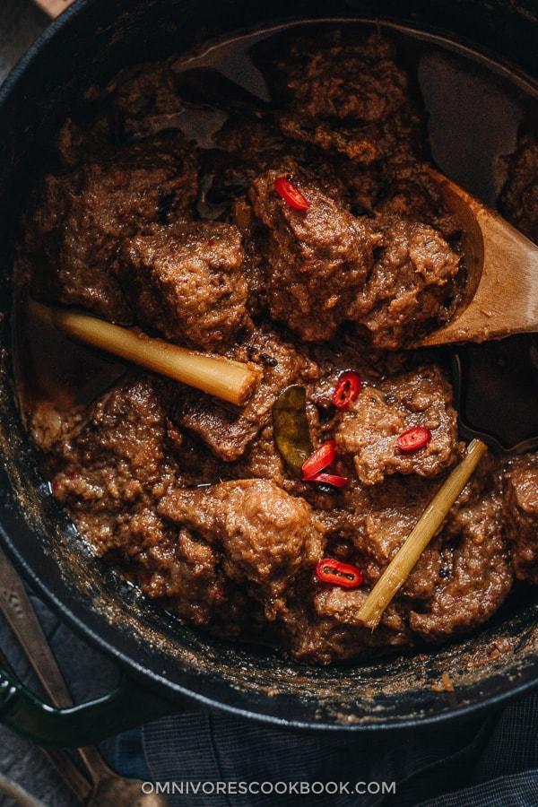 Beef rendang in a pot
