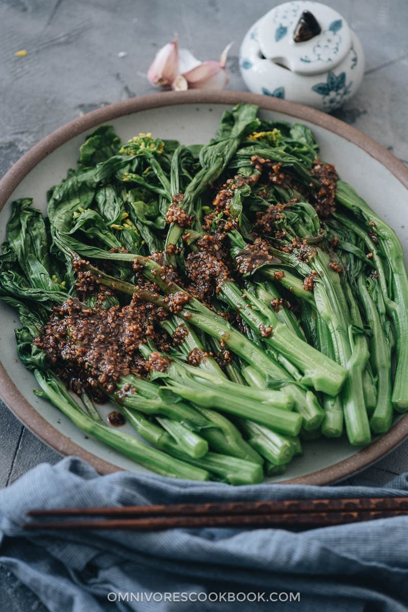 Homemade choy sum with garlic sauce