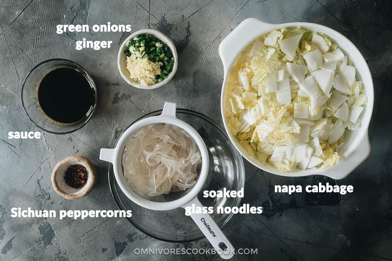 Ingredients for making Chinese napa cabbage