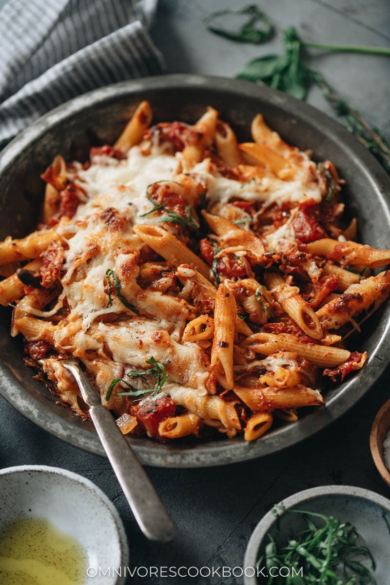 Pasta with arrabiata sauce with cheese