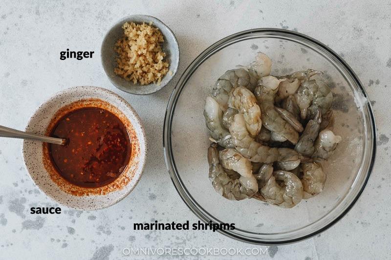 Ingredients for making chili garlic shrimp