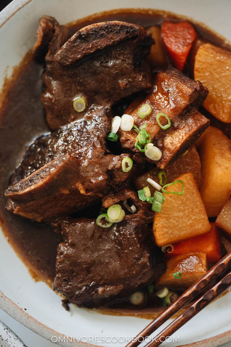 Korean Instant Pot short ribs with radish