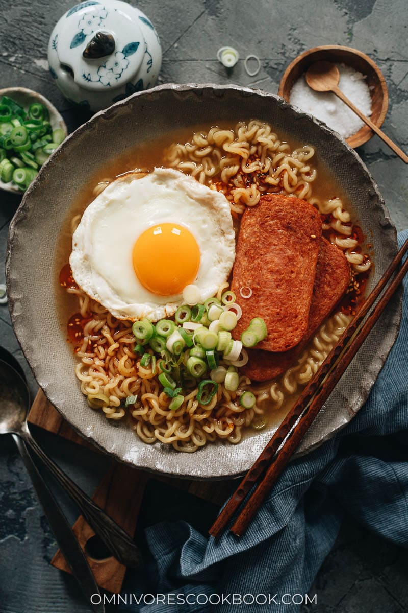 Instant noodles topped with fried spam and eggs