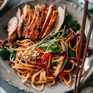 Noodle salad with chicken and veggies