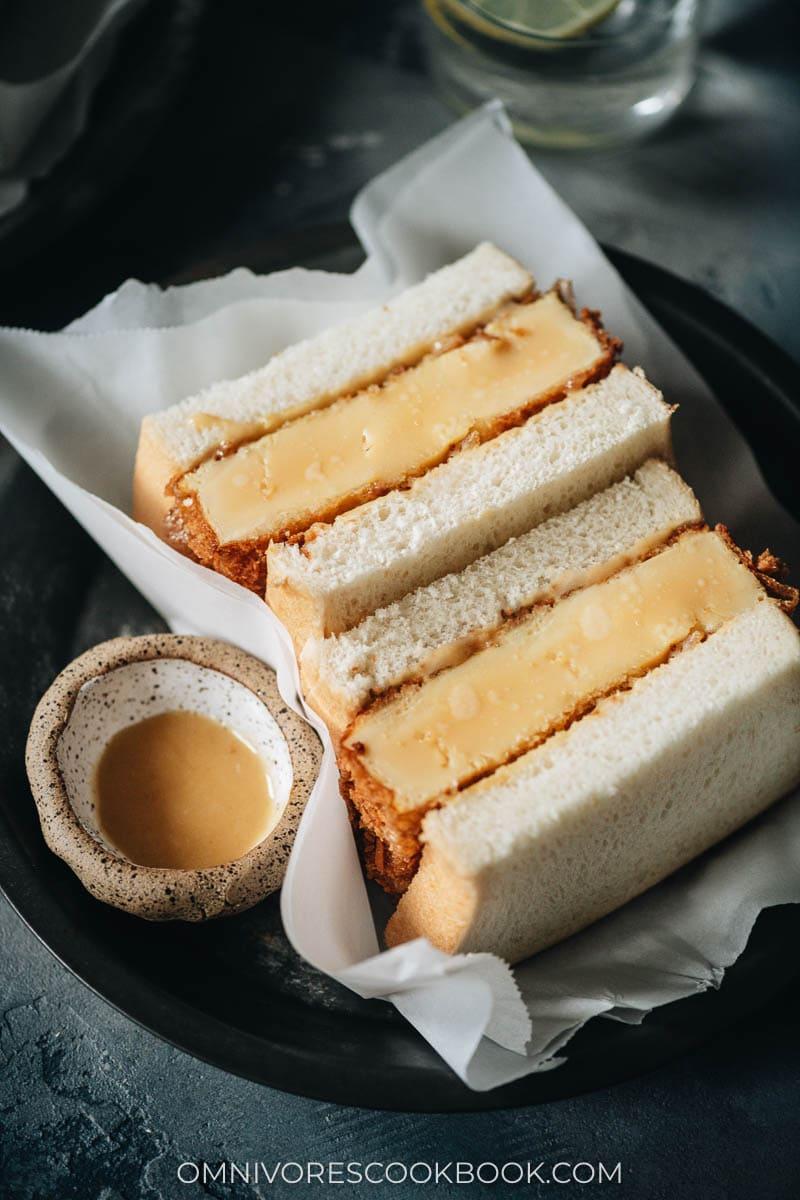 Japanese steamed eggs sandwich