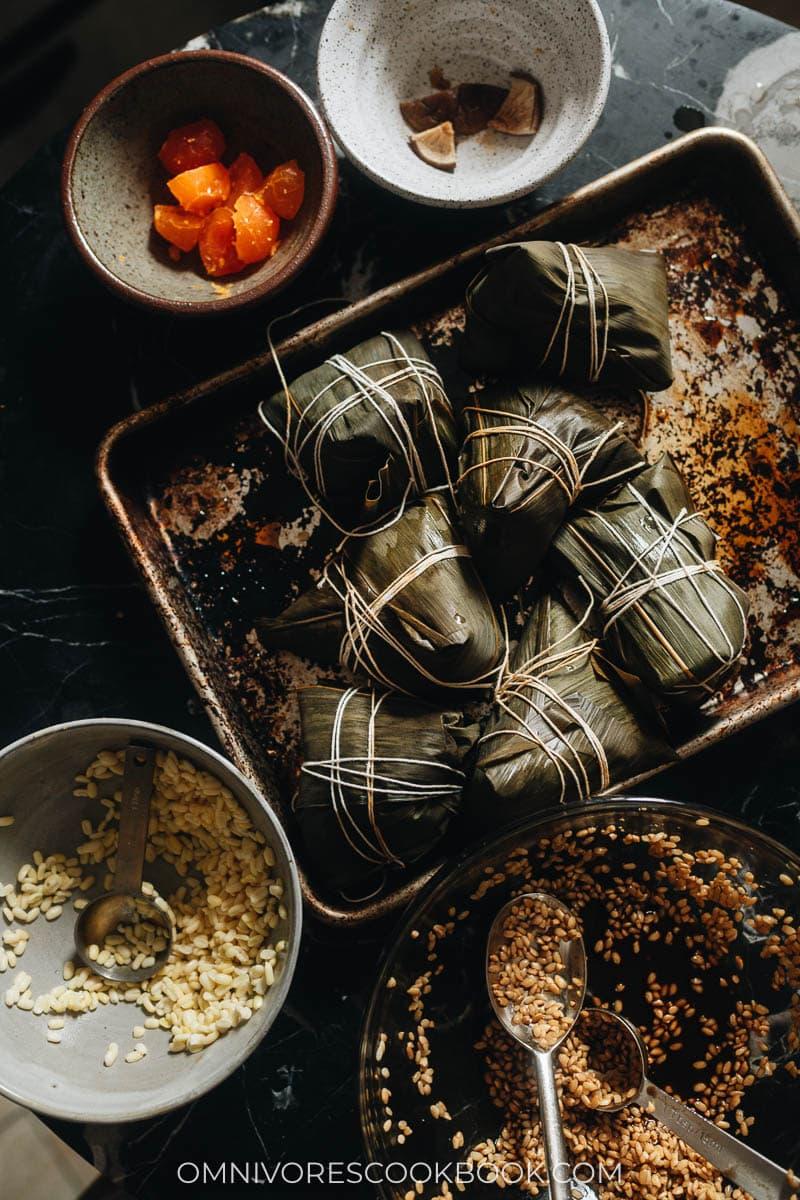 Wrapped uncooked zongzi