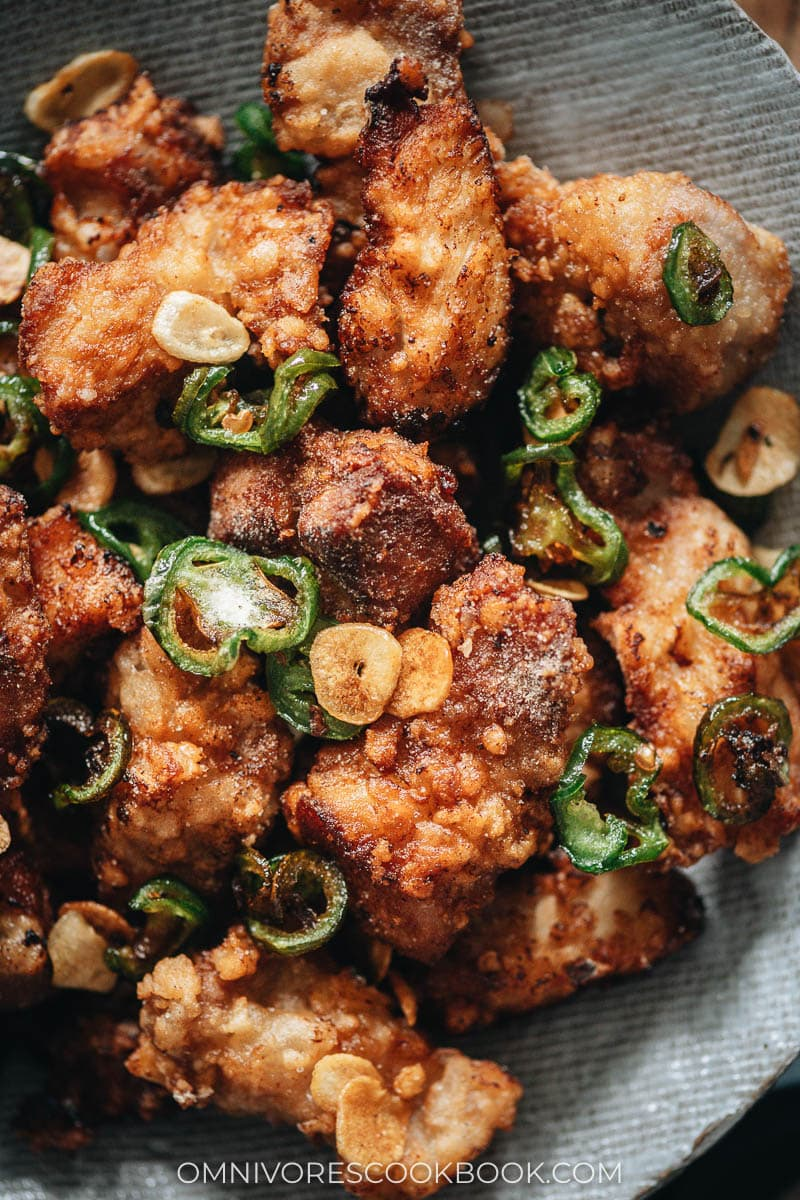 Salt and pepper pork chops with garlic and jalapeno