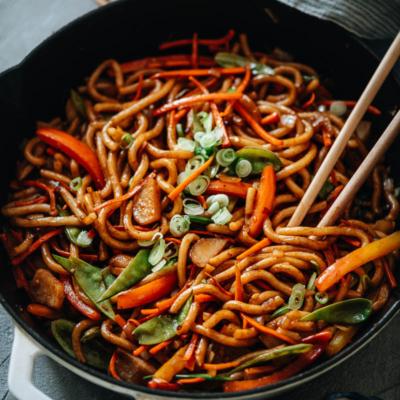 Stir fried vegetable udon