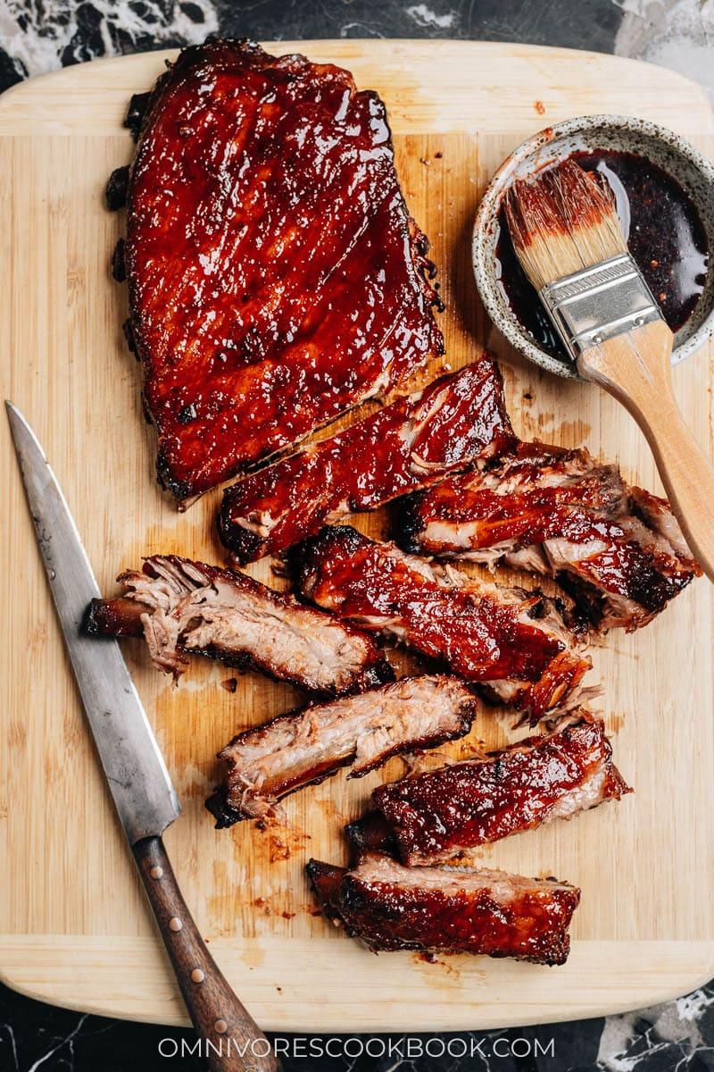 Slow roast BBQ ribs
