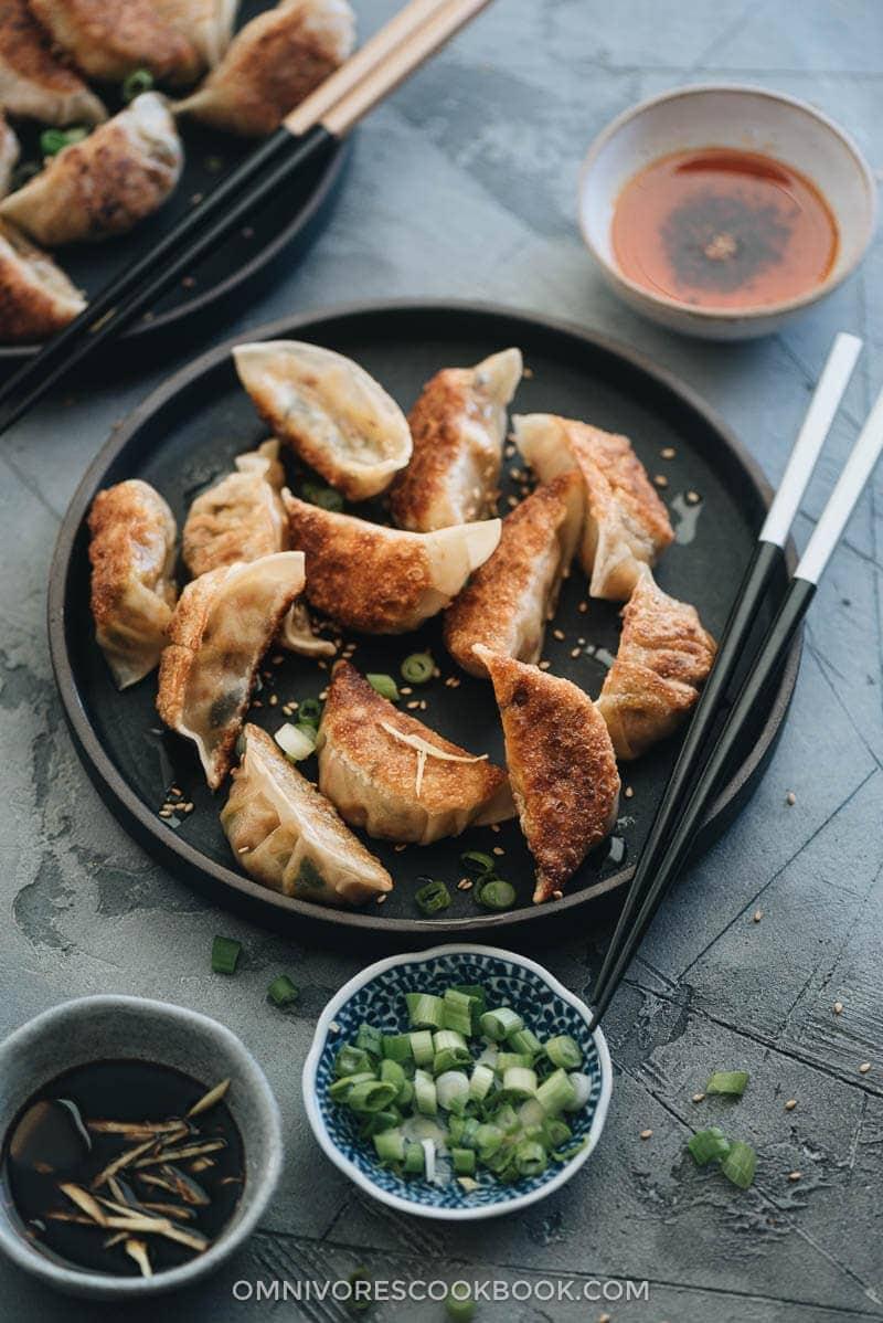 Homemade Vegan Dumplings (素菜锅贴)