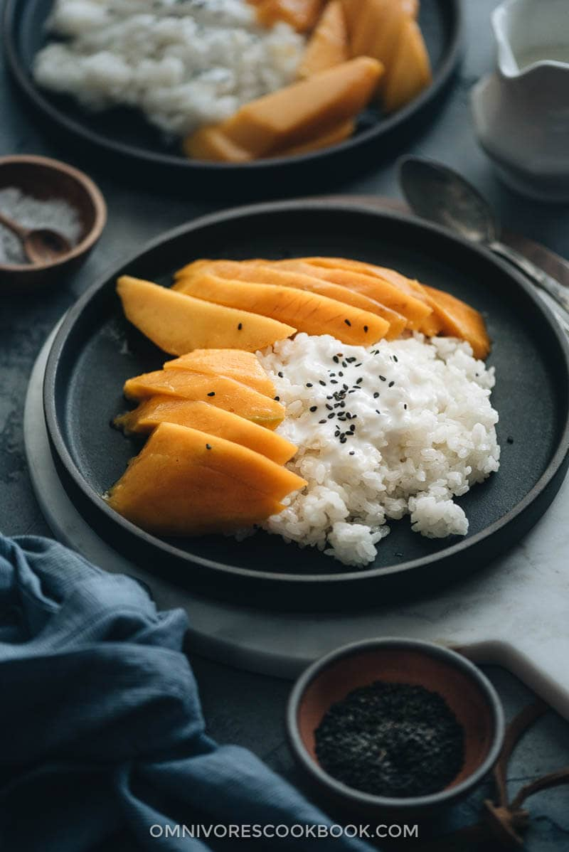 23 Vegan Chinese Recipes for Your Next Holiday Dinner Party - Mango Sticky Rice