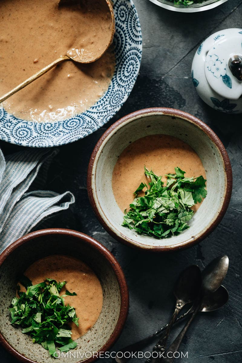 Sesame based hot pot dipping sauce