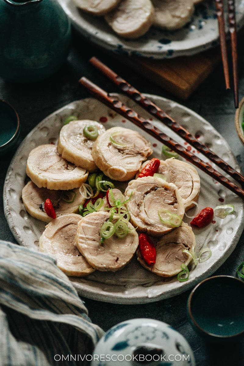 Drunken chicken with green onions and goji berries