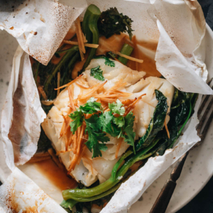 Chinese-style fish en papillote