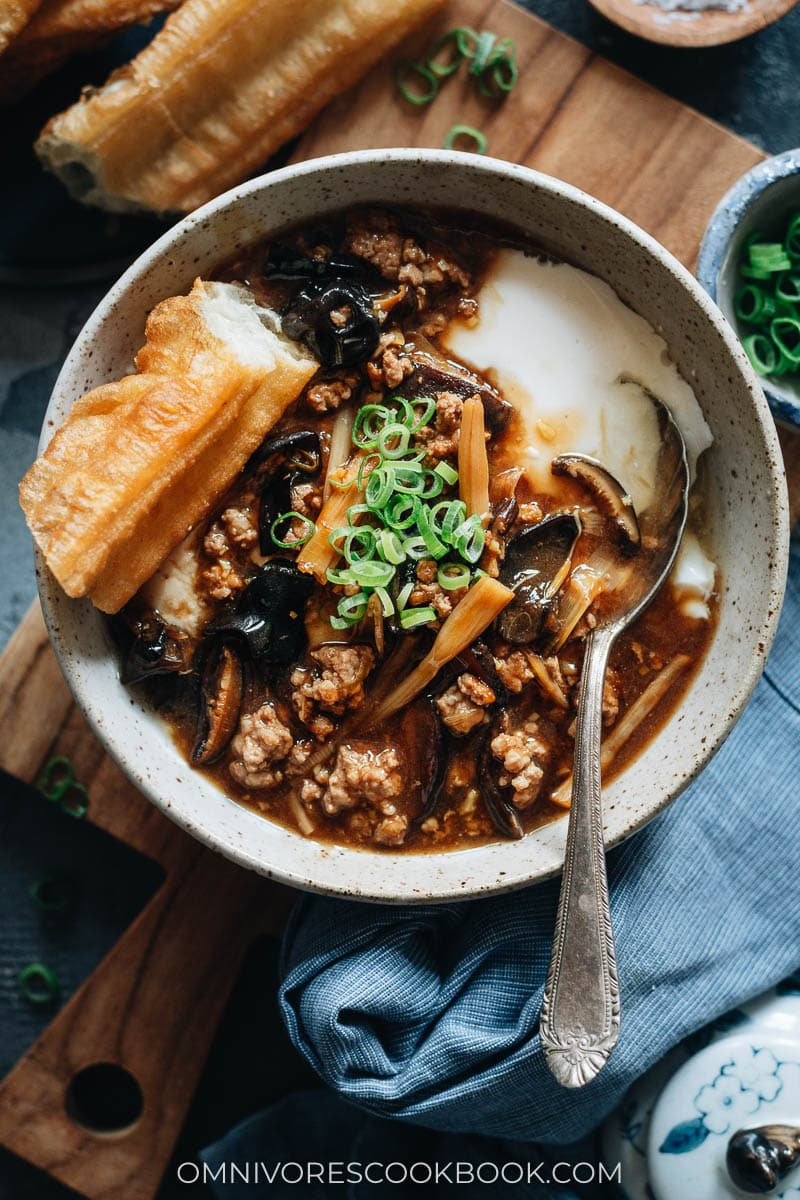 Northern Chinese savory tofu pudding (Dou Fu Nao) with gravy