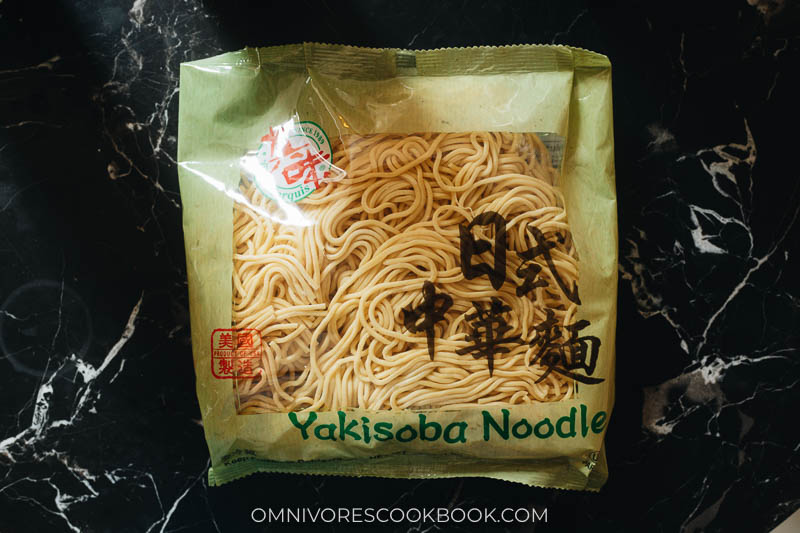 Packed noodles for fried noodles