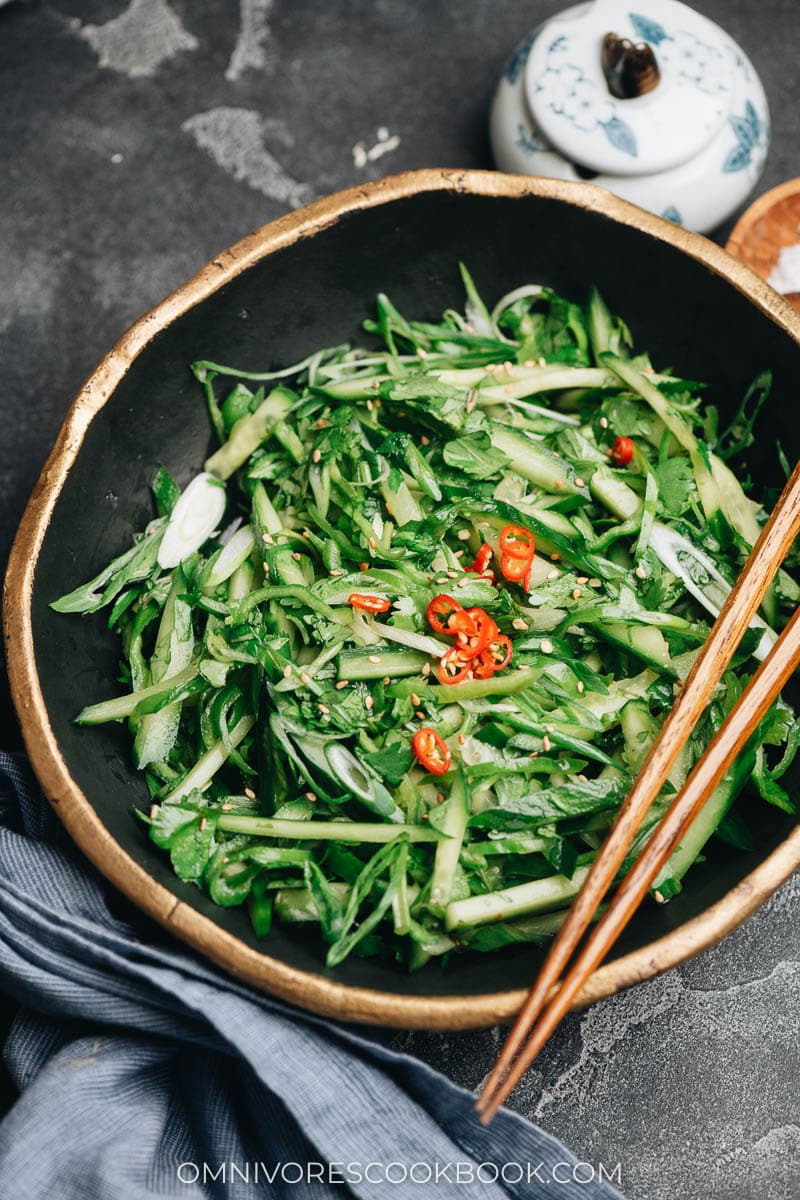 Chinese spicy cucumber appetizer