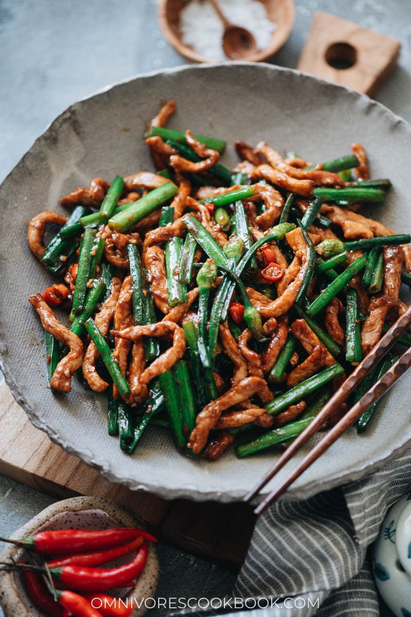 Chinese garlic chives with pork