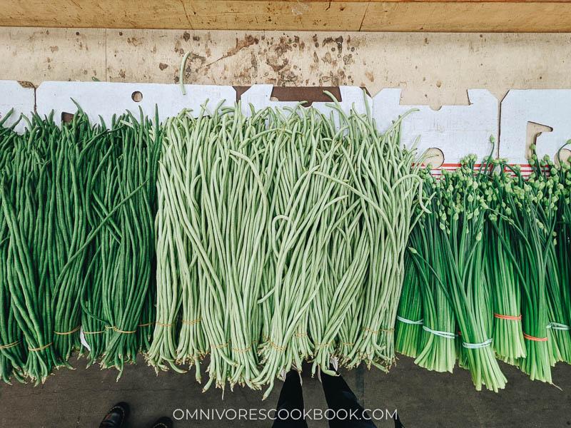 String beans at Fei Long Market