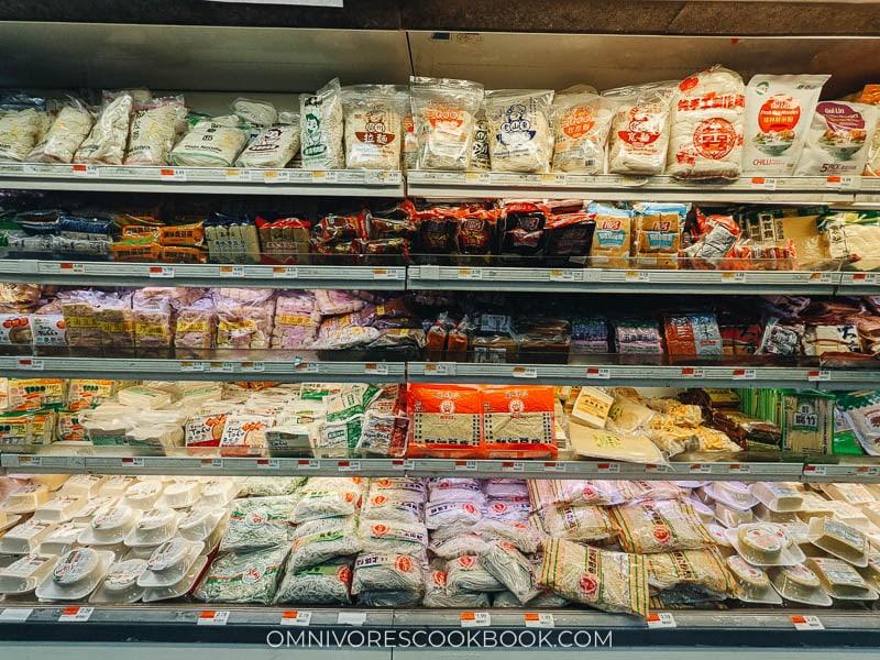 Packaged goods at Fei Long Market