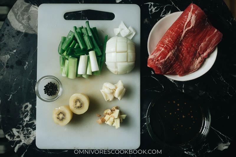 Mise-en-place for Korean galbi style steak