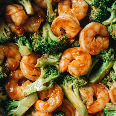 Easy Chinese takeout shrimp and broccoli