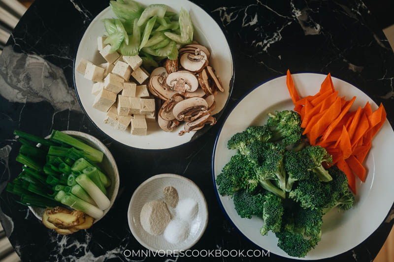 Ingredients for making Chinese vegetable soup